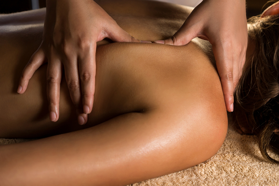 DEEP TISSUE MASSAGE_b